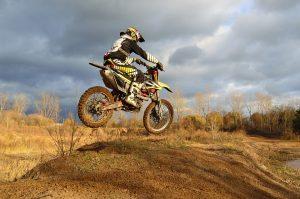 Motocrosshelm