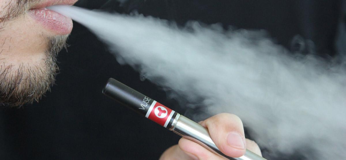 E-Zigarette im Vergleich. Die gesündere alternative zu richtigen Zigaretten.