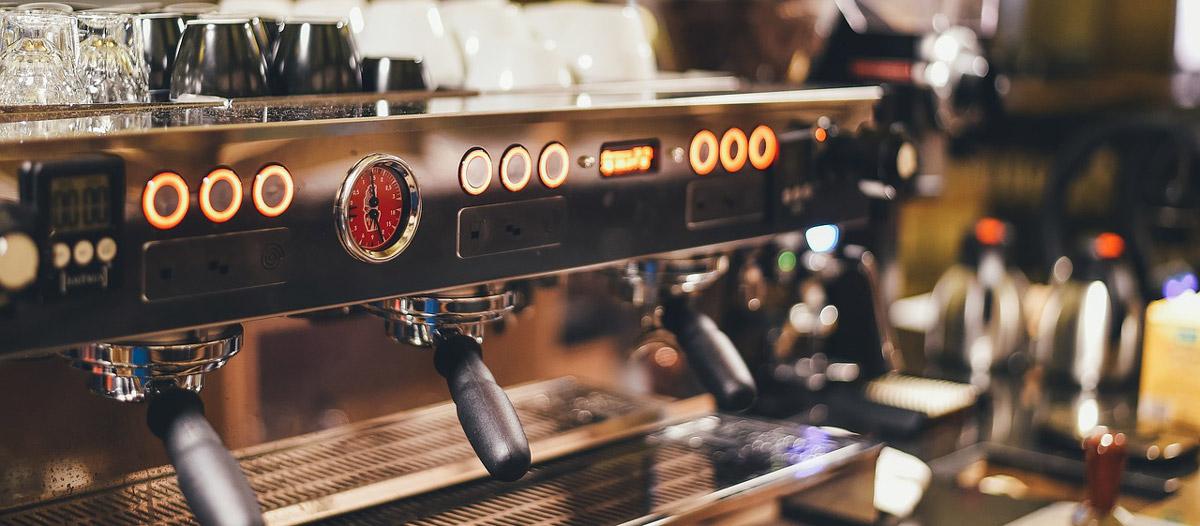 Kaffeemaschinen machen das Kaffeetrinken zum Erlebnis
