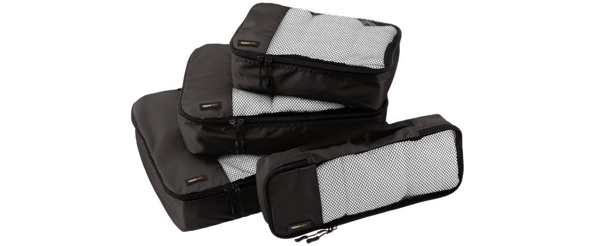 Kleine Kleidertaschen von AmazonBasics. Auch als Reisetaschen oder Packtaschen bezeichnet.