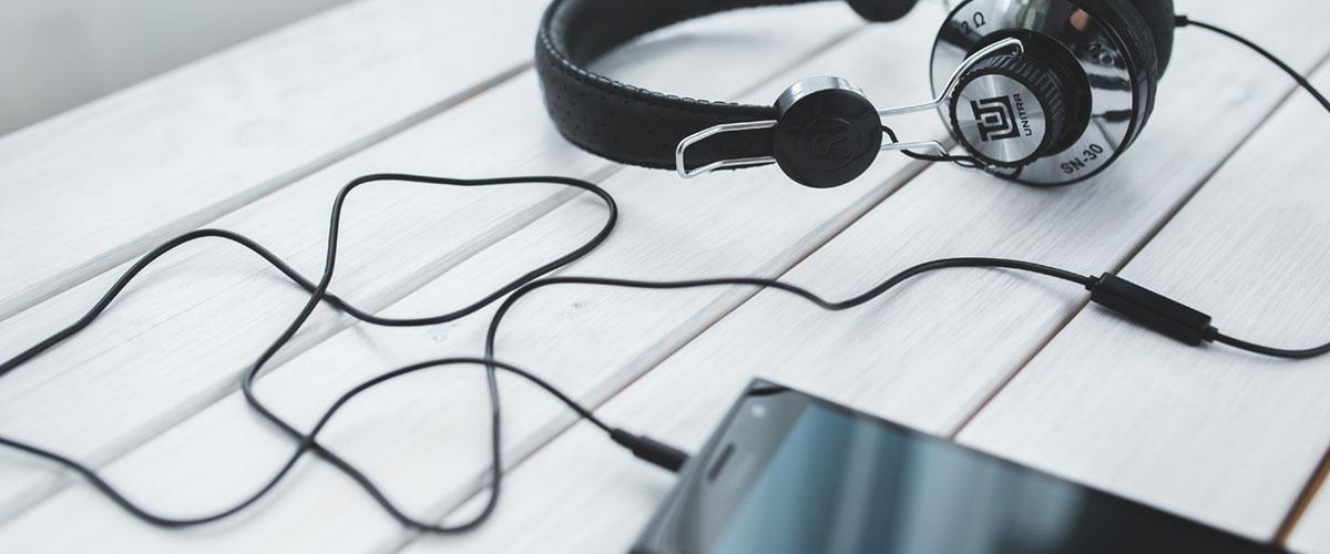 Over-Ear-Kopfhörer oder In-Ear-Kopfhörer