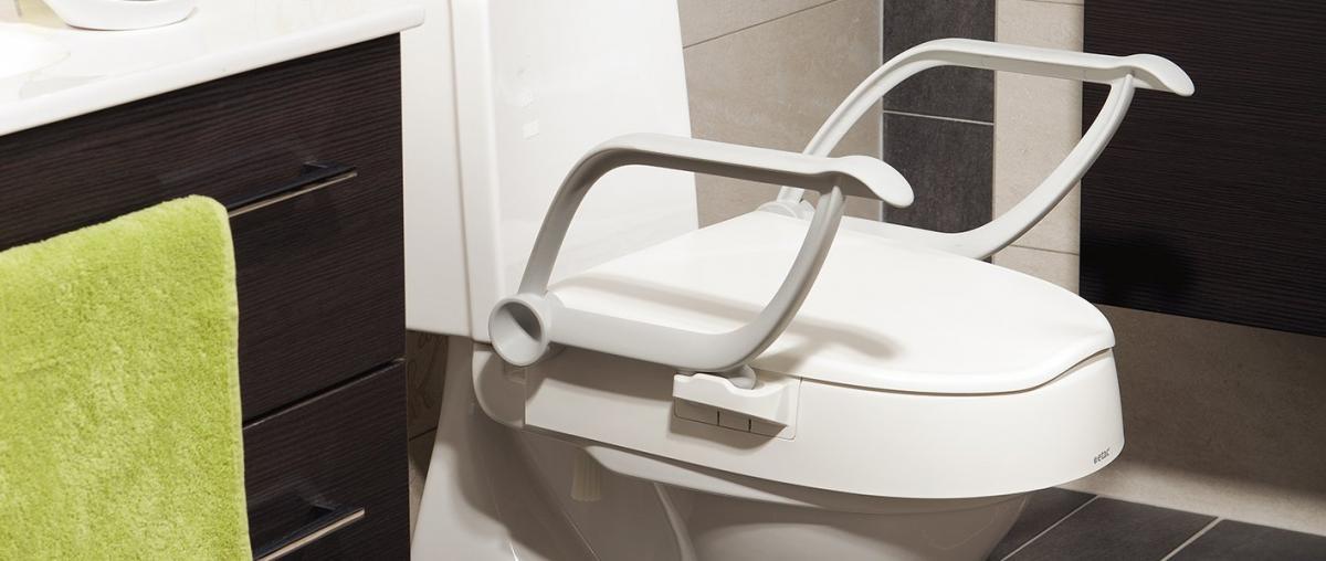 Toilettensitzerhöhung von Etac Cloo