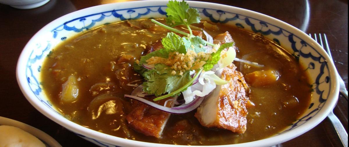 Currygericht mit Fleisch