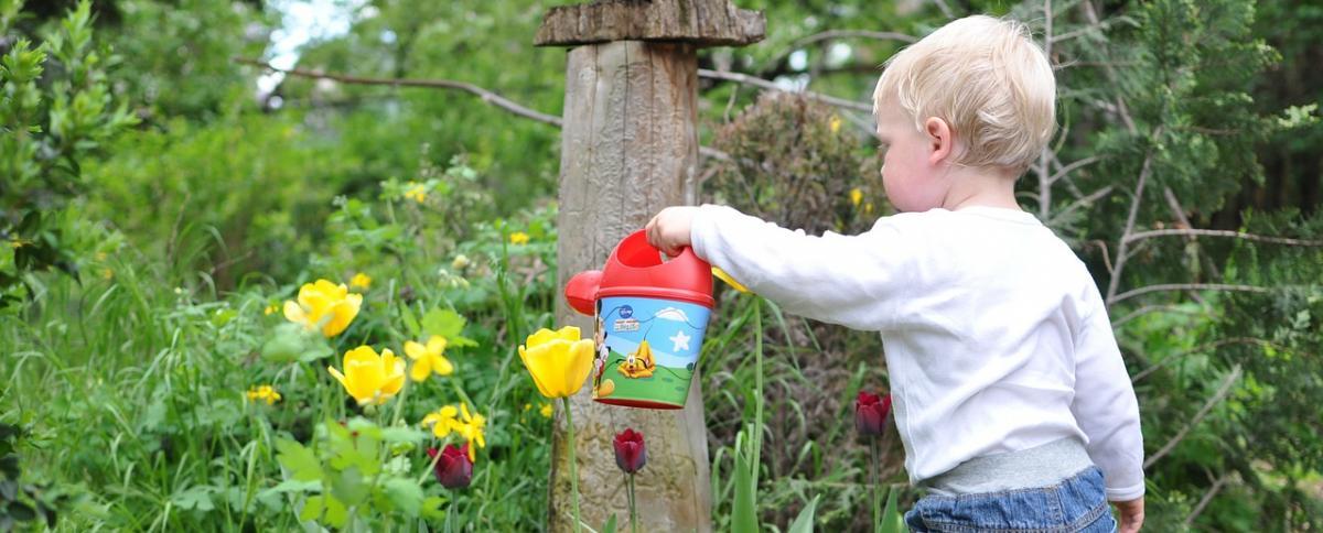 Gartengeräte für Kinder im Vergleich