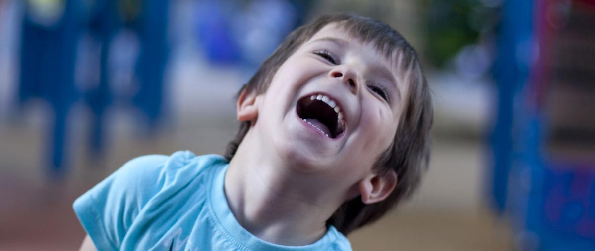Ein Trettraktor macht nicht nur die Kinder glücklich!